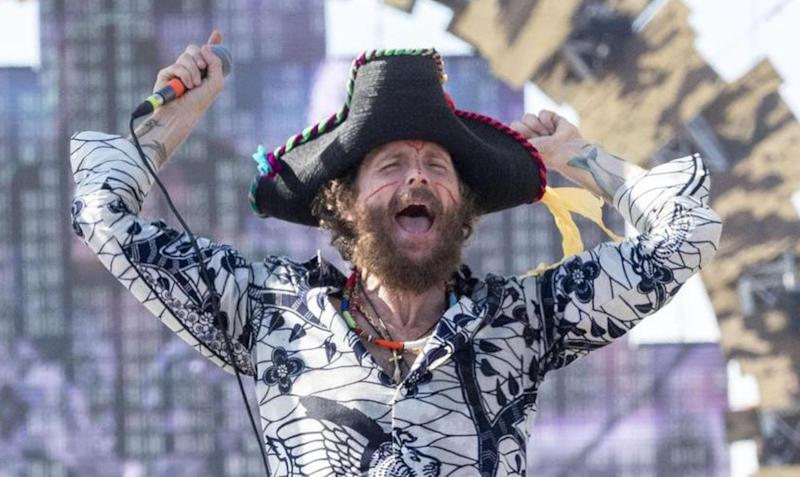 jovanotti beach tour