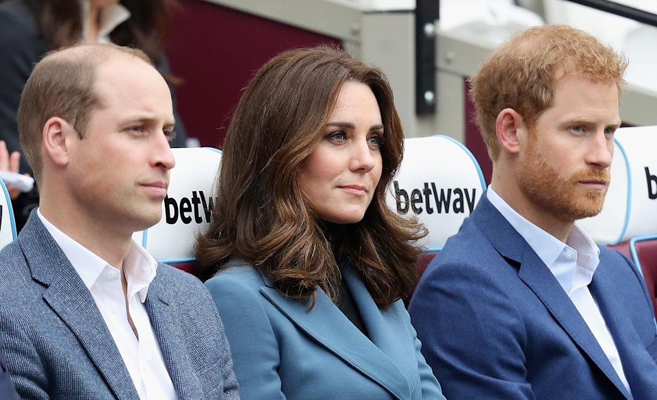 LONDON, ENGLAND - OCTOBER 18:  Prince William, Duke of Cambridge, Catherine, Duchess of Cambridge and Prince Harry attend the Coach Core graduation ceremony for more than 150 Coach Core apprentices at The London Stadium on October 18, 2017 in London, England.  (Photo by Chris Jackson/Getty Images)