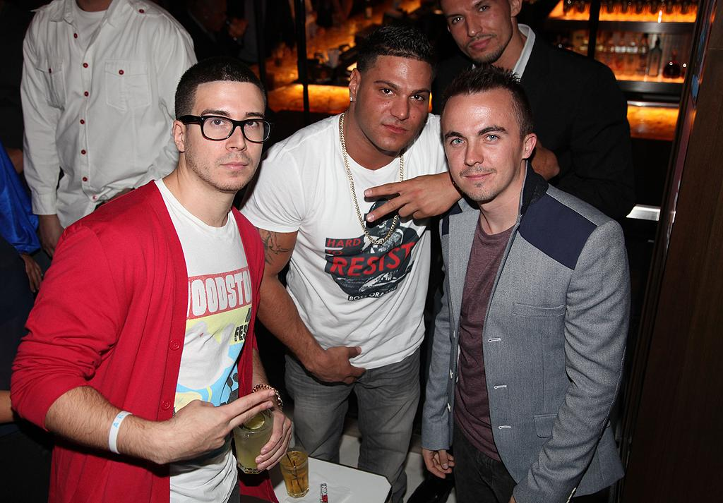 "Ronnie and his co-star Vinny Guadagnino snapped a pic with New Jersey-bred boy Frankie Muniz. ""The Malcom in the Middle"" star looked sharp in a tailored blazer, while the reality pals opted for casual attire. (9/26/12)"