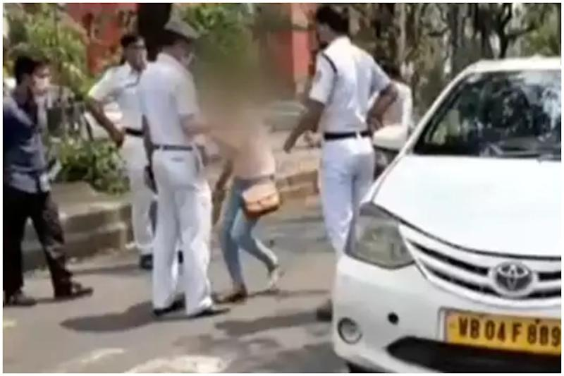 Woman Licks Cop to Scare Him with Coronavirus After He Stops Her Car in Kolkata