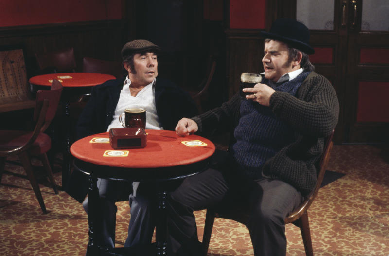 Comedians Ronnie Corbett (left) and Ronnie Barker in a pub sketch from the television series 'The Two Ronnies', 1978. (Photo by Don Smith/Radio Times/Getty Images)