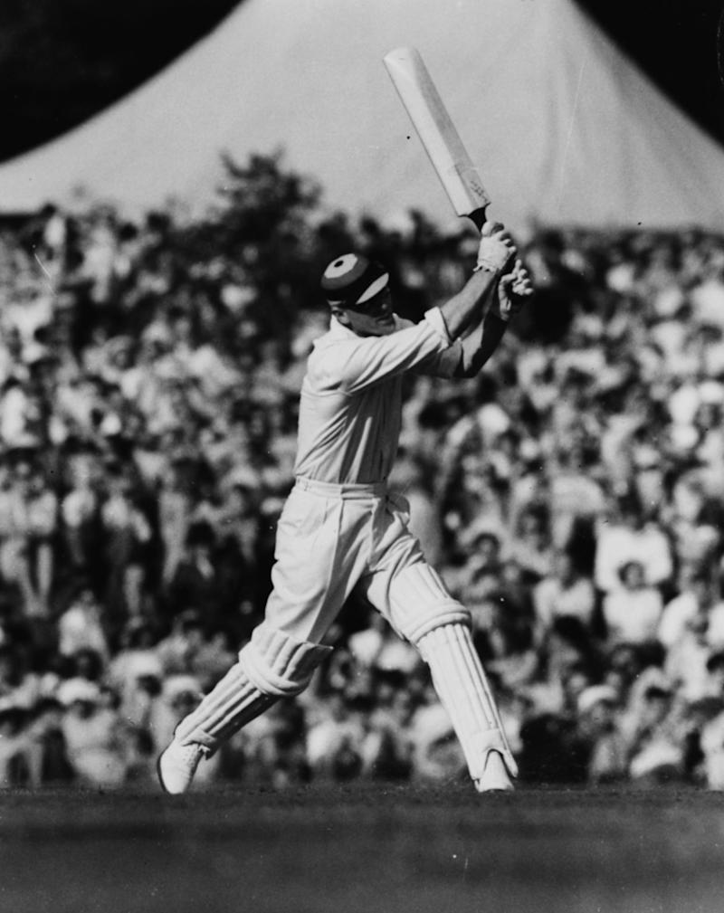 Prince Philip playing cricket in 1953 (Getty Images)
