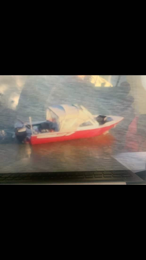Two boaters left Łutselk'e on Friday for Yellowknife. They were supposed to be back in the community by Saturday but have not returned. (RCMP - image credit)