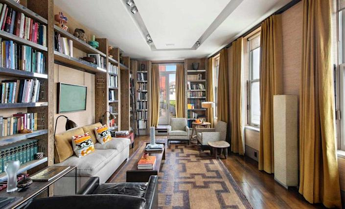David Bowie's old NYC apartment recently sold to an anonymous buyer for $16.8 million dollars.