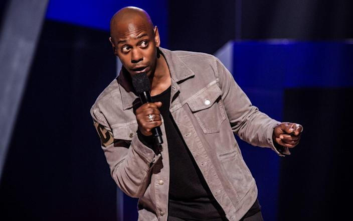 Dave Chappelle on stage in DC - Mathieu Bitton