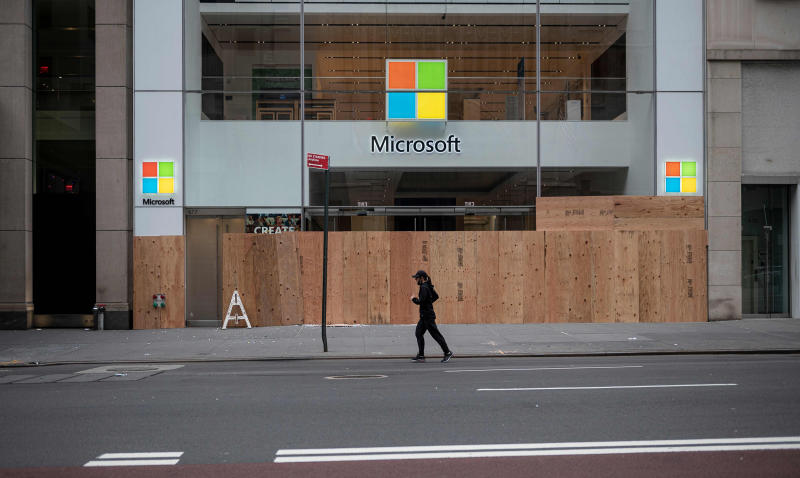 Image: Microsoft store (Johannes Eisele / AFP - Getty Images)