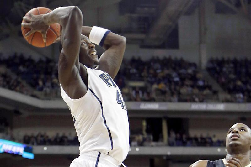 Pittsburgh beats Wake Forest 80-65