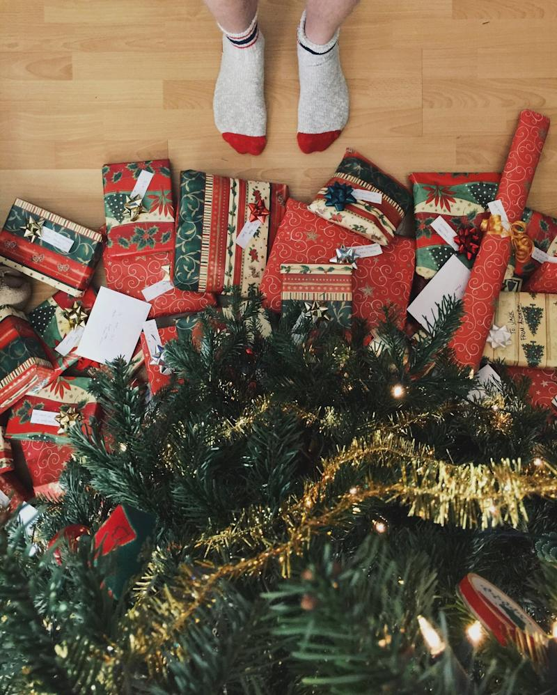 Christmas Gifts For Families.I Stopped Buying Christmas Gifts For My Husband S Family
