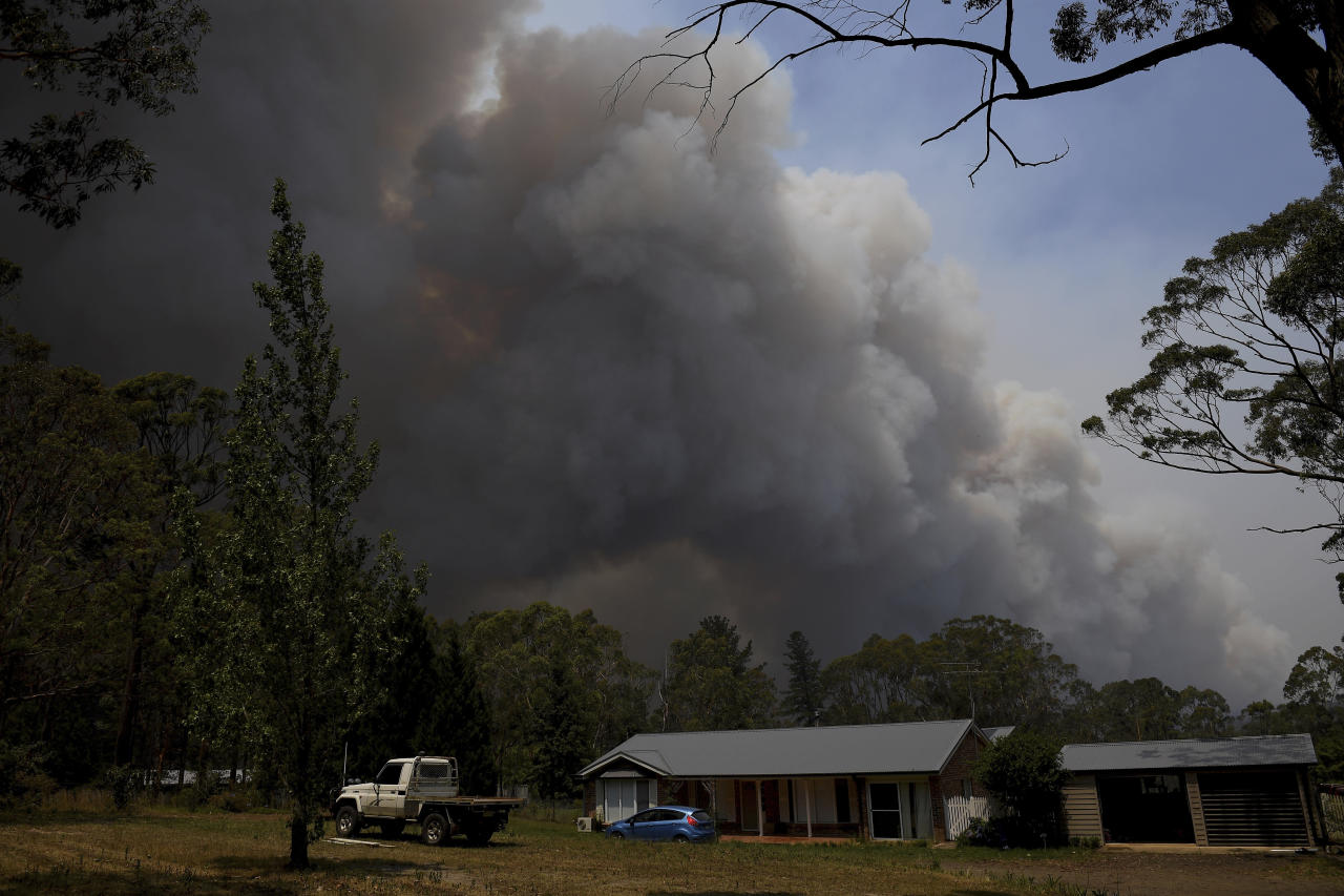 Australia Battles Catastrophic Wildfires As Pm Rushes Home
