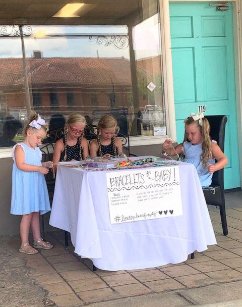 PHOTO: Evelyn, 4, Susanna, 11, Mary Anson, 11 and Elenor Tate, 7 of Brookhaven, Mississippi started a bracelet crafting business in hopes to raise money for adoption fees. (Sidney Tate)