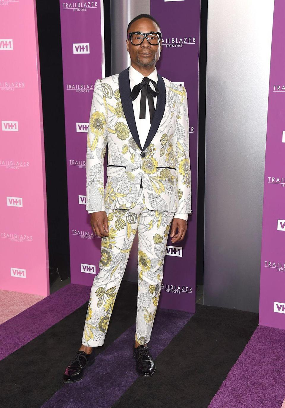 <p>Porter at the VH 1 Trailblazer Honors in a floral-printed suit and elongated bow tie. </p>