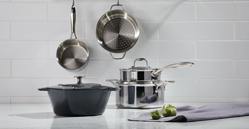 Kitchen cookware set and Paderno dutch oven from Canadian Tire