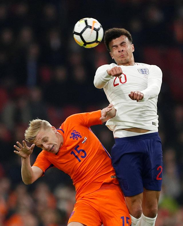 Soccer Football - International Friendly - Netherlands vs England - Johan Cruijff Arena, Amsterdam, Netherlands - March 23, 2018 Netherlands' Donny van de Beek in action with England's Dele Alli Action Images via Reuters/John Sibley
