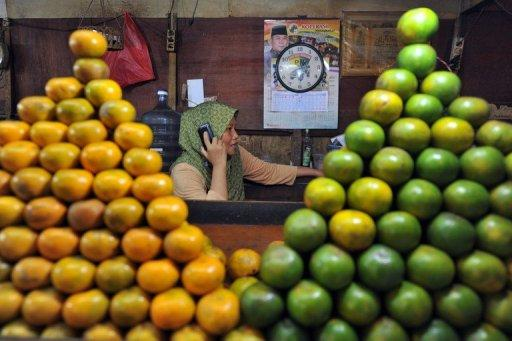 Indonesian inflation rose to 4.5 percent in April, driven by higher food prices