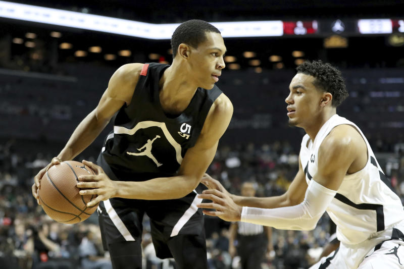 Five months after making what would've been a landmark decision to go straight from high school to the G League, Darius Bazley has changed his mind, opting to just work out on his own for the year instead. (AP)