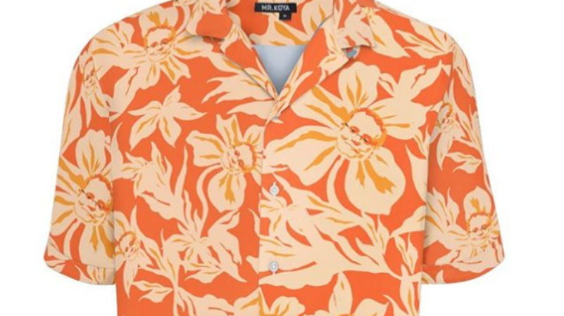 A Hawaiian shirt with Scott Morrison's face in the design, as sold by Mr Koya.