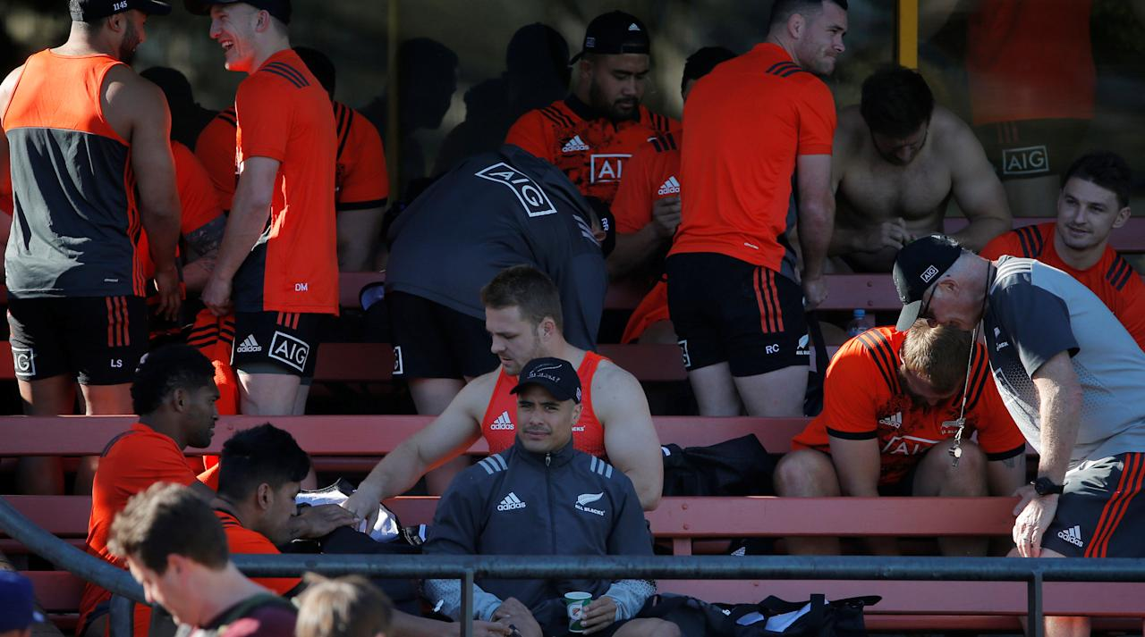 Rugby Union - All Blacks Training - Sydney, Australia - August 17, 2017 - New Zealand's All Blacks rugby union half back Aaron Smith watches on amongst other players before a training session before the first Bledisloe Cup game against Australia's Wallabies. REUTERS/Jason Reed