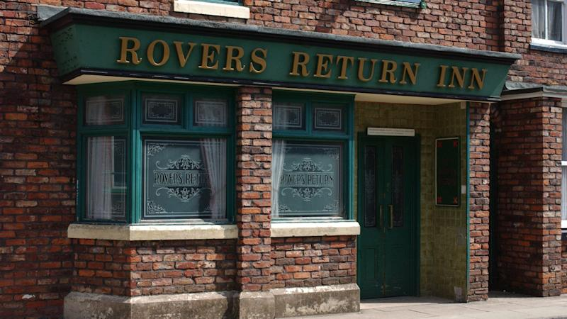 Coronation Street hit by thieves during reported filming for heist scene