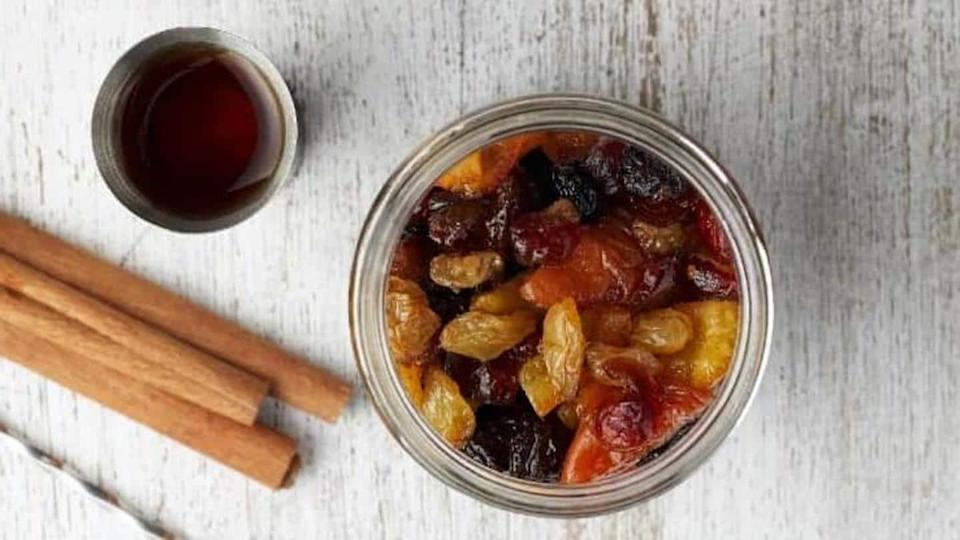 #HealthBytes: Reasons why soaked raisins are better than raw ones