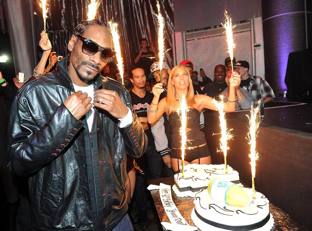 Rapper Snoop Dogg turns 40. (October 18, 2011)