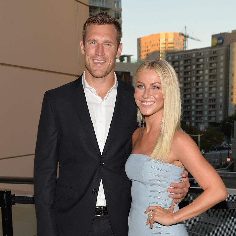 Julianne Hough Says Fiancé Brooks Laich Helps With Her Endometriosis Pain