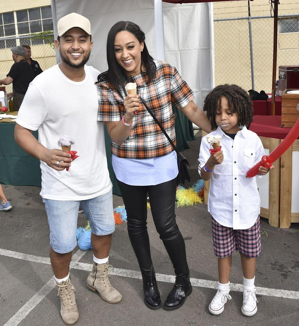 <p>Who would have thought we'd be comparing Tia Mowry to anyone other than her twin sister? But from their nose to their smile, the <em>Sister, Sister </em>star is a dead ringer for her younger brother. </p>