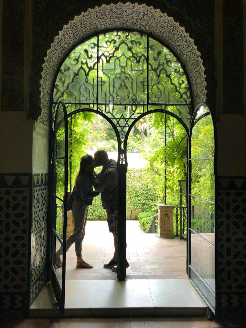 Matheson and Andrews share a kiss on one of their last trips to Seville, Spain. (Photo courtesy of Julia Carrigan)