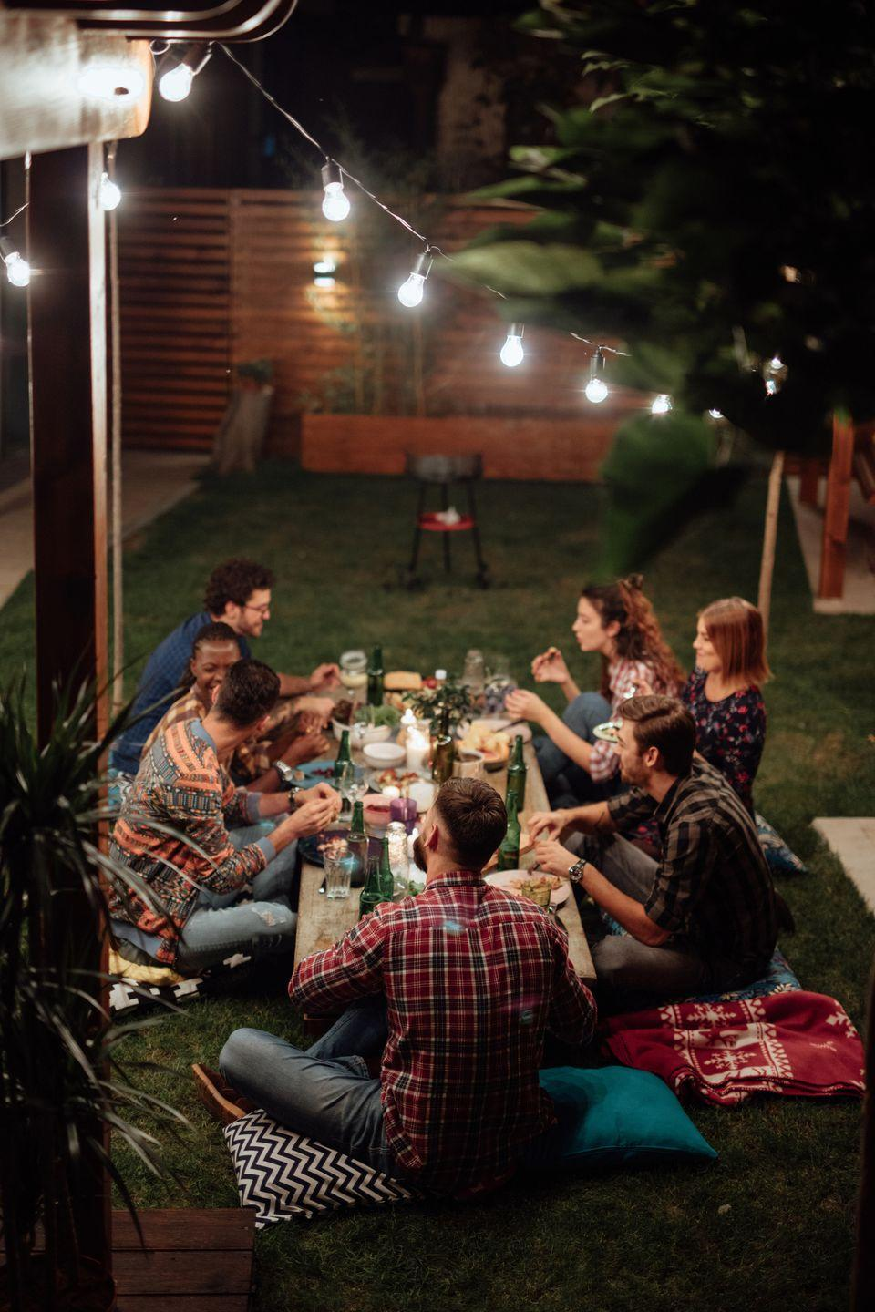 <p>Entertaining friends and family over a table overflowing with delicious food is what the season is all about. Make the best of fall with a big roast (and for the vegans, try a meat-substitute roast or load 'em up with side dishes).</p>