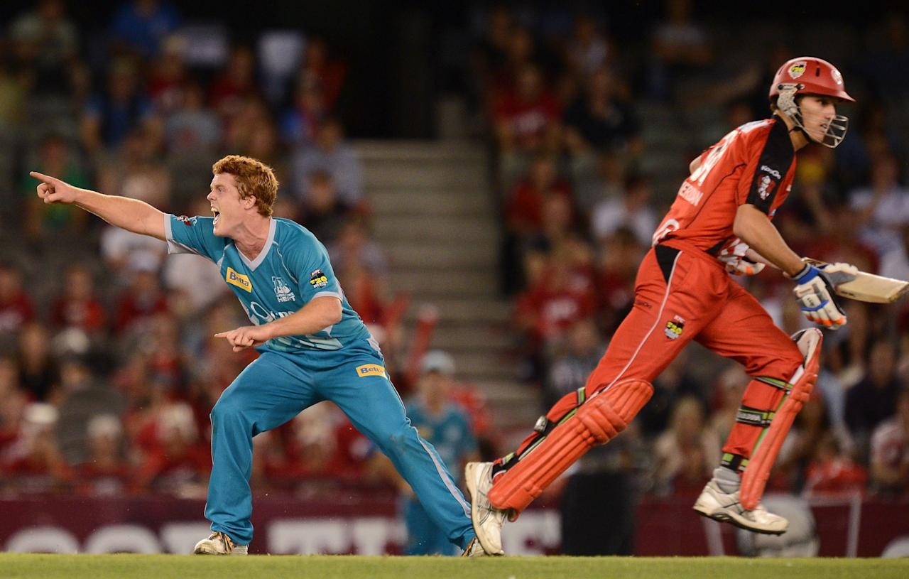 MELBOURNE, AUSTRALIA - JANUARY 15: Alister McDermott of the heat appeals for lbw during the Big Bash League Semi-Final match between the Melbourne Renegades and the Brisbane Heat at Etihad Stadium on January 15, 2013 in Melbourne, Australia.  (Photo by Vince Caligiuri/Getty Images)