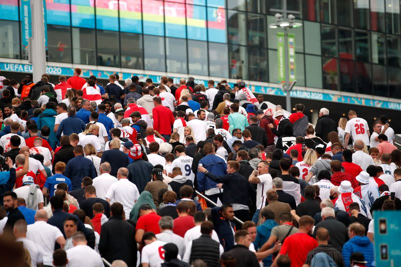 Euro 2020 - Fans gather for Italy v England