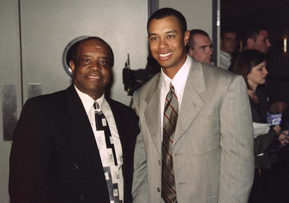 Lee Elder (left), the last black player to win the US Masters poses with Tiger Woods of USA  during the 2000 Masters tournament at the Augusta National Golf Club.