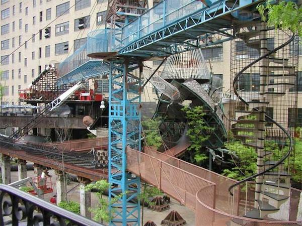 """<div class=""""caption-credit""""> Photo by: City Museum</div><div class=""""caption-title"""">MonstroCity, St. Louis</div>Built out of found objects, this """"post-Apocalyptic"""" structure is part of the eclectic <a rel=""""nofollow"""" href=""""https://ec.yimg.com/ec?url=http%3a%2f%2fcitymuseum.org%2fsite%2f%3fp%3d89%26quot%3b&t=1500718457&sig=lN.bk1LVQ0G8UF_3AR6OQw--~C target="""""""">City Museum</a> in St. Louis, Missouri."""