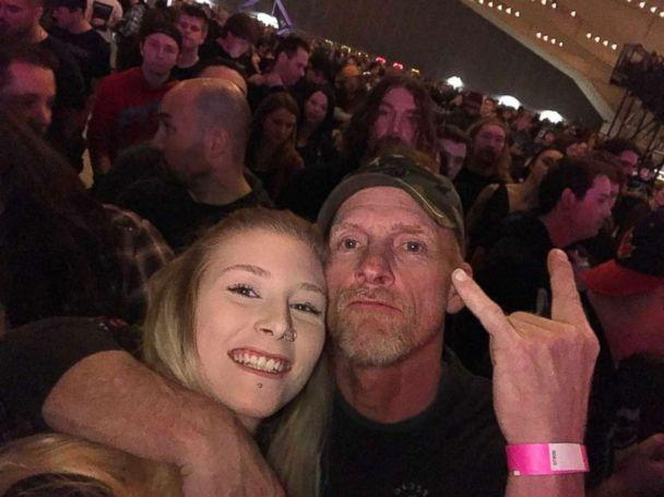 PHOTO: Karri Carberry, 19, and her dad Darrin Carberry were rocking out together when a fellow concert goer captured the moment. It's been viewed 17 million times. (Courtesy Karri Carberry)