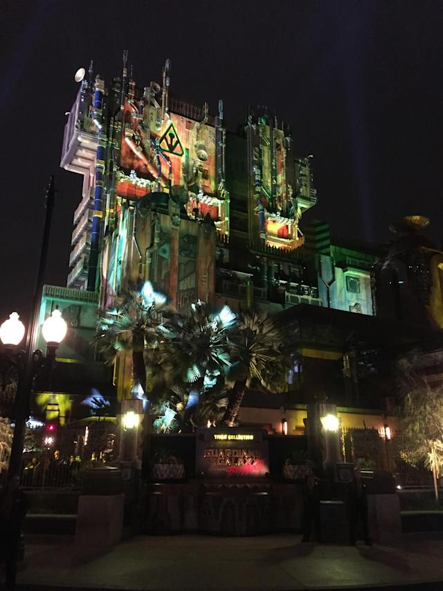 <p>An exterior shot of the new attraction on opening night. (Photo: Marcus Errico/Yahoo Movies) </p>