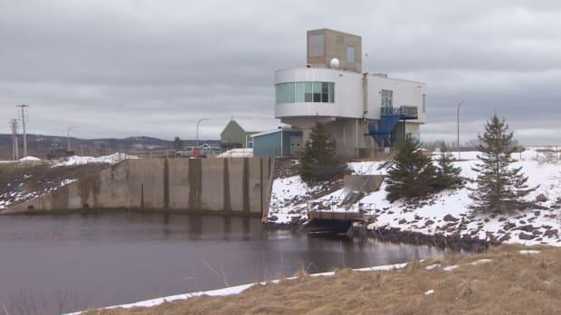 Nova Scotia Power's Annapolis tidal generating station has been shut down since 2019 due to an equipment failure. (Patrick Callaghan/CBC - image credit)