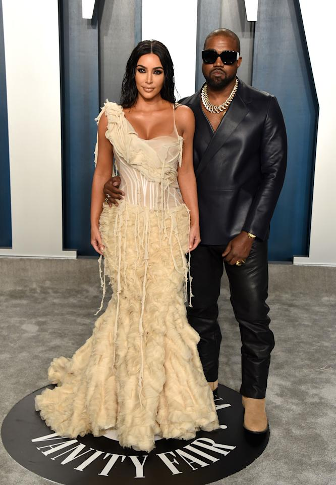 """<p>While the <a href=""""https://www.cosmopolitan.com/uk/fashion/celebrity/g30834972/oscars-2020-best-dressed/"""" target=""""_blank"""">92nd Academy Awards</a> brought out the biggest stars in Hollywood, it's not the only red carpet of the night.  </p><p>The Oscars' after parties have quickly become the go-to place for the A-list to let their hair down, where the biggest actors, musicians and models come together, for what is undoubtedly the biggest night in fashion, barring the MET Gala of course. </p><p>From Vanity Fair's iconic afterparty (which has brought us some of fashions most memorable lewks) to Elton John's viewing party, the 2020 after parties certainly didn't disappoint. </p><p>From Chrissy Teigen's mint thigh-high split gown and Kate Bosworth's sequin dress to Kim Kardashian's cream ruffled gown, the Hollywood elite brought their A-game. </p><p>We round up the best looks of the night.  </p>"""