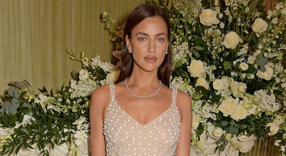 Irina Shayk sported a nude lip at the BAFTA after-party [Photo: Getty]
