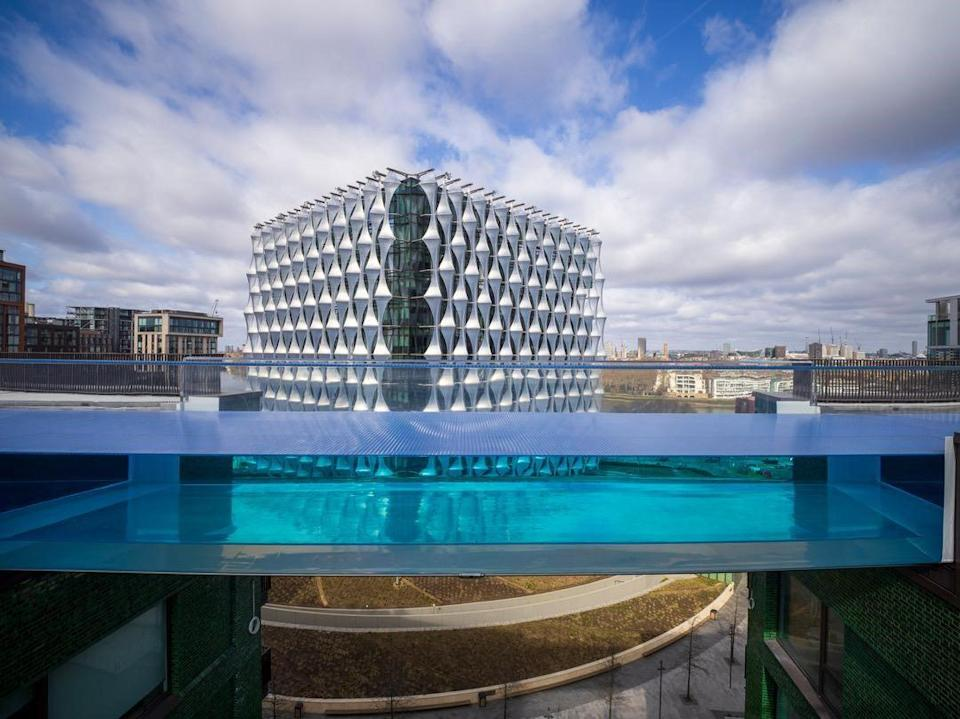 Swimmers will enjoy views of London landmarks, including the nearby US Embassy building