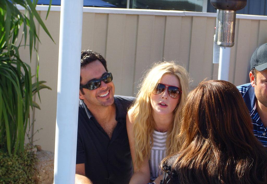 Newlyweds Jonathan Silverman and Jennifer Finnigan cozy up outside. omg! Staff/Polaroid Malibu Beach House - August 13, 2007