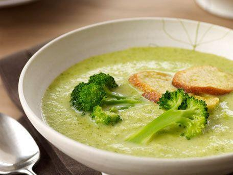 """<strong>Get the <a href=""""http://www.huffingtonpost.com/2011/10/27/creamy-broccoli-soup-with_n_1058349.html"""" rel=""""nofollow noopener"""" target=""""_blank"""" data-ylk=""""slk:Creamy Broccoli Soup with Croutons"""" class=""""link rapid-noclick-resp"""">Creamy Broccoli Soup with Croutons</a> recipe</strong>"""