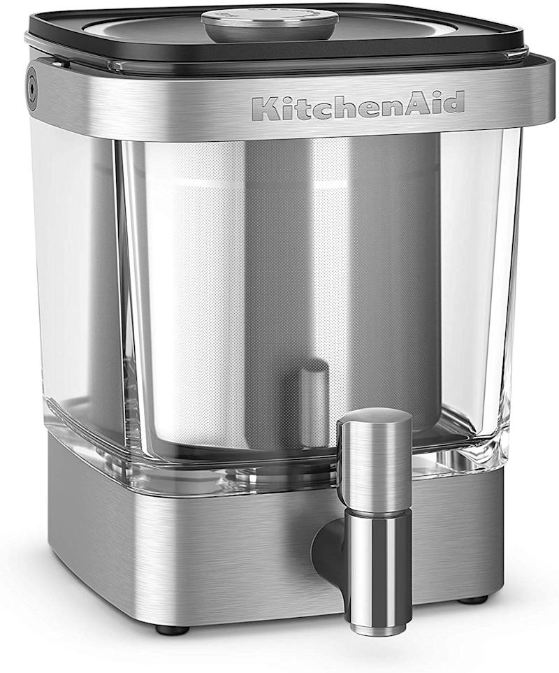 This cold-brew coffee maker is made from stainless steel and glass. (Photo: Amazon)