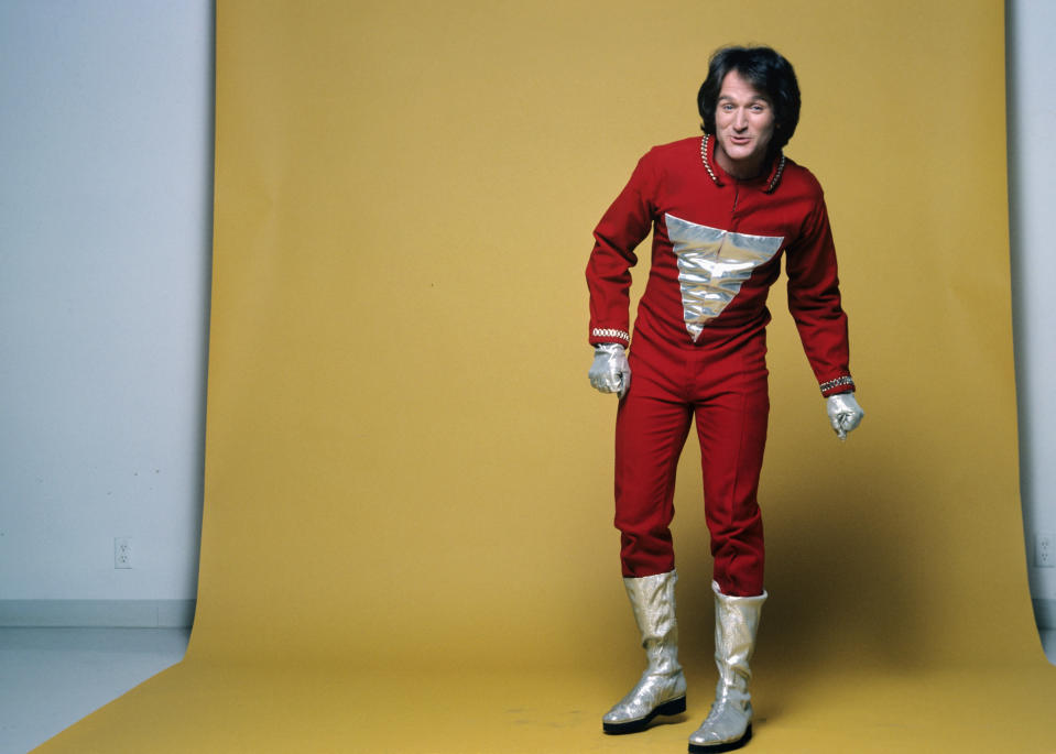 """UNITED STATES - JUNE 04:  MORK & MINDY """"Gallery"""" - 1978 Robin Williams  (Photo by Walt Disney Television via Getty Images Photo Archives/Walt Disney Television via Getty Images)"""