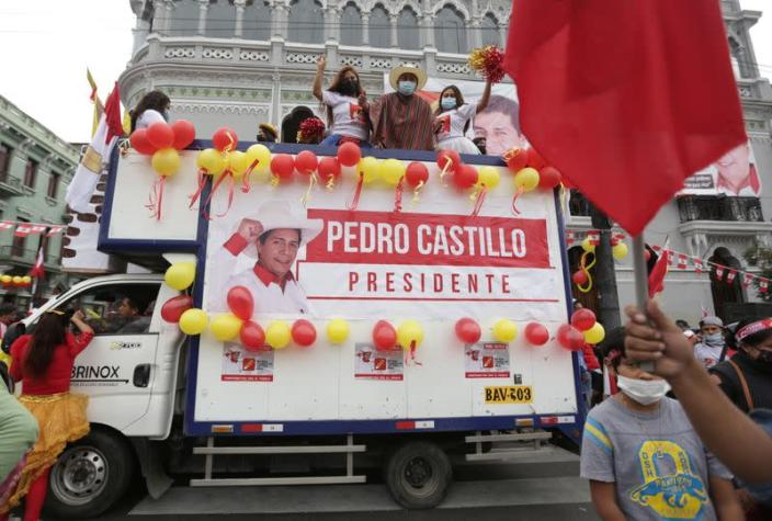Peru's presidential candidates close out campaigns ahead of June 6 run-off election in Lima