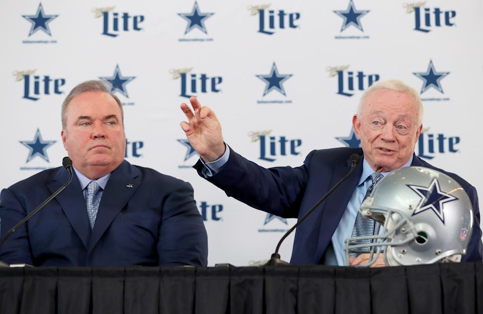 Cowboys owner Jerry Jones (right) needs head coach Mike McCarthy to be the leader, which is nominally his job description anyway. (Photo by Tom Pennington/Getty Images)