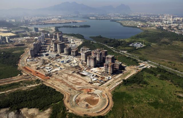 The construction site of the Rio 2016 Olympic Games athletes village is pictured from above in Rio de Janeiro June 27, 2014. REUTERS/Ricardo Moraes (BRAZIL - Tags: SPORT OLYMPICS BUSINESS CONSTRUCTION CITYSCAPE)