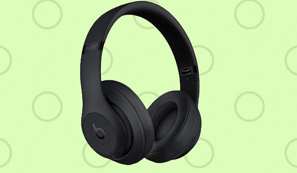 Nothing BEATS this deal? See what I did there? (Photo: Beats)