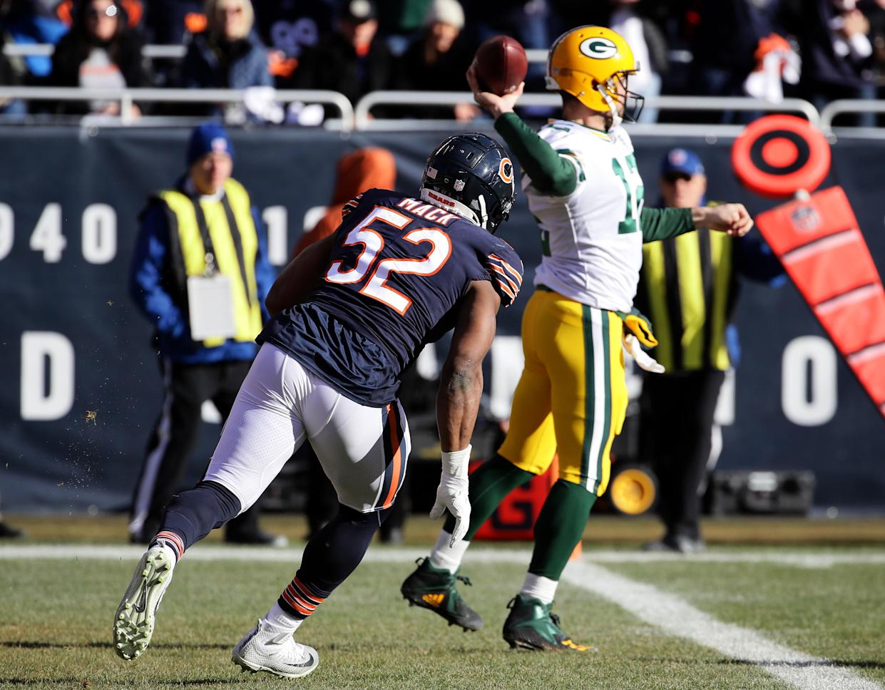 Aaron Rodgers hasn't done enough for one former Packer to overlook a tough day against the Bears. (Getty)