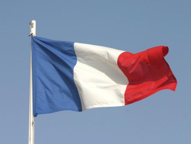 France bans 'Facebook' and 'Twitter' from TV, radio