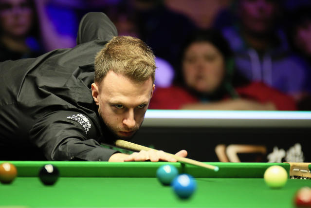 Judd Trump of plays a shot (Credit: Getty Images)