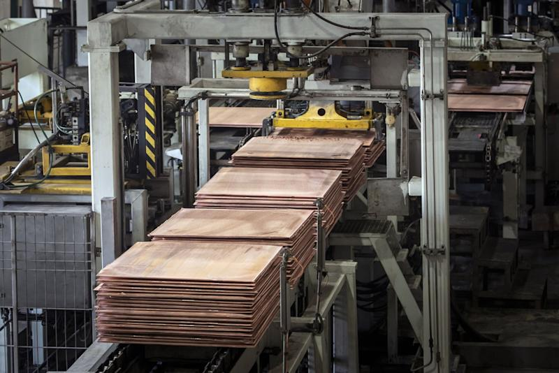 China's Copper Imports Drop as Overseas Lockdowns Tighten Supply